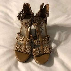 Wedge sandals size 7